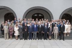 Klubiliikmed kaaslastega ning Riigikogu spiiker ja peaminister